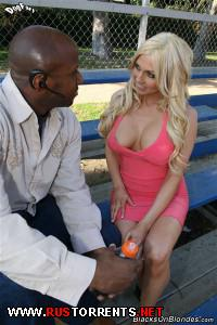 ������:Christie Stevens - Interracial at Blacks On Blondes