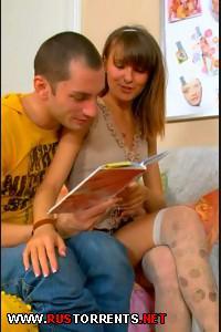 Худенькая девочка сама раздвигает ножки  | Zanna (2012) HD 1080p