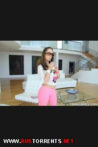 ������:Remy LaCroix (Amateur girl does anal)