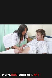 Постер:Сисястая докторша накинулась на пациента