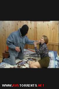 Постер:Тип в маске изнасидовал русскую девушку