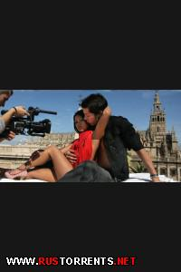 Постер:Трахнул симпатичную азиатку на крыше в Севильи