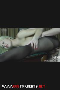 Постер:Нагнул русскую блондинку на бильярдном столе