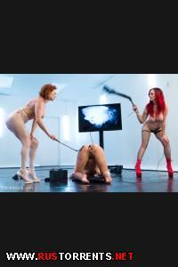 Двойной электро-трах! | [ElectroSluts.com / Kink.com] Audrey Hollander, Mz Berlin And Bianca Stone (Ass Up Sensory Deprivation Electro DP! / 09-06-2013)