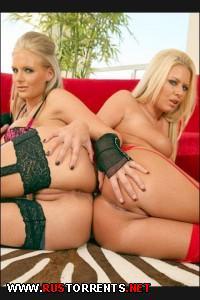 Phoenix Marie, Riley Evans - Curvy Girls 3 |