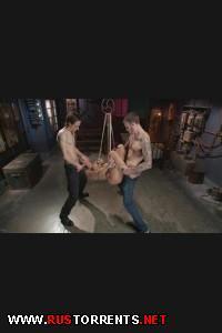 Сисястую мамашку жёстко долбят в два конца одновременно! | [FuckedandBound.com] Angel Allwood (Big Tit MILF gets Double Penetrated / 21-03-2014)