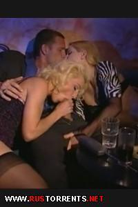 Обманув подругу, отжарил в очко двух красивых сучек | Jana, Fiona Evans - Dangerous Mistress