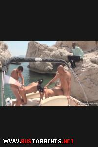 Групповуха на яхте! | [Indecentes-Voisines.com] Swan and Joyce (28-06-2014)