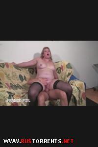 Толстенькую матюрку фистингуют и трахают в жопу! | [LaFRANCEaPOIL.com] Alicia - Mature Chubby Blonde