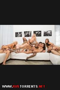 Весёлая анальная групповуха | Frida Sante, Jillian Janson, Karina Kay, Natasha Starr, Zoey Monroe - Orgy Masters 6