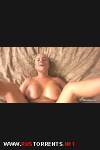 46-ти летняя сексуальная мамашка с большими сиськами | [MomPov.com] Sharolynn (46 year old sexual big tits country cougar / E275 / 16-12-2014)