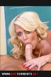 Блондинка с большими сиськами | [MyFirstSexTeacher.com / NaughtyAmerica.com] Alura Jenson ( 19725 / 03.06.15)