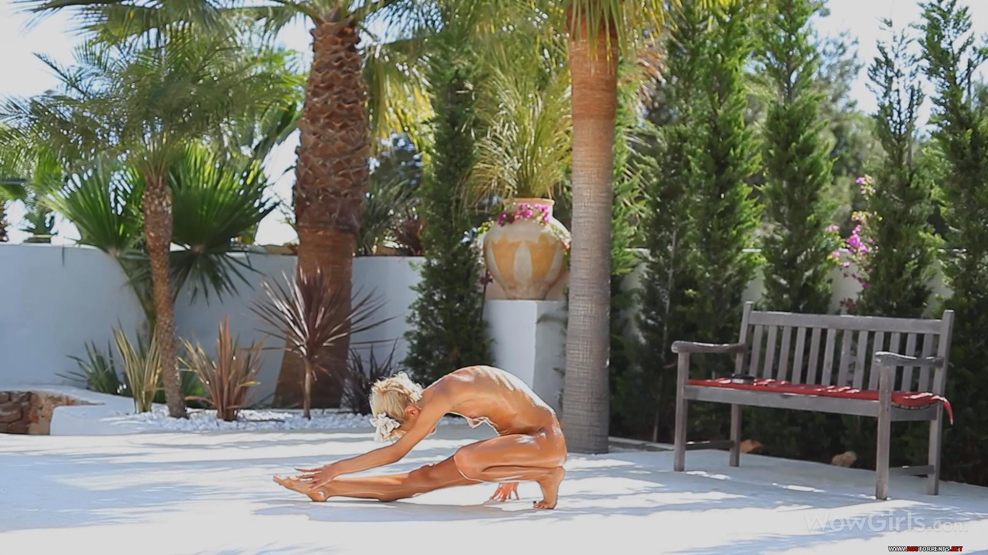 Скриншот 1:Тощяя гимнастка