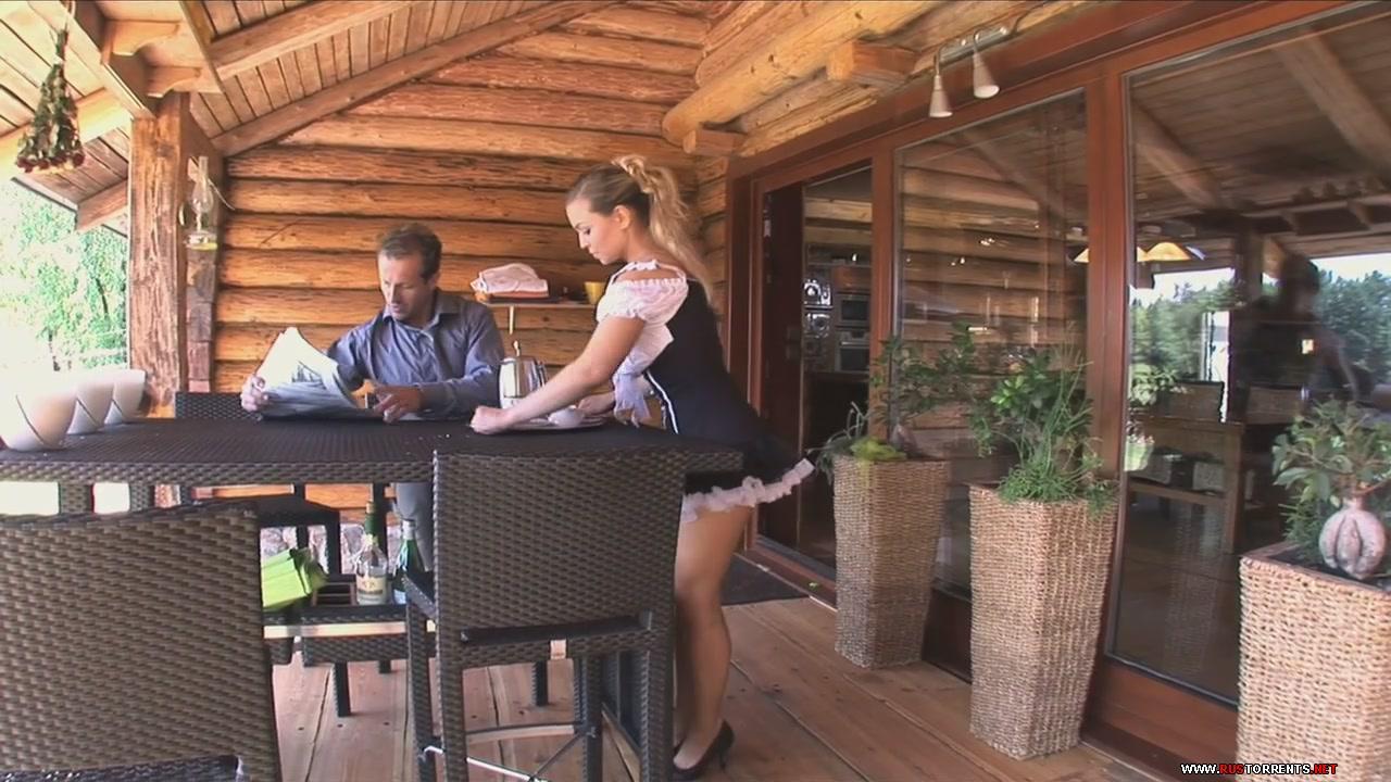 Скриншот 1:Сексуальную горничную в попку на кухонном столе