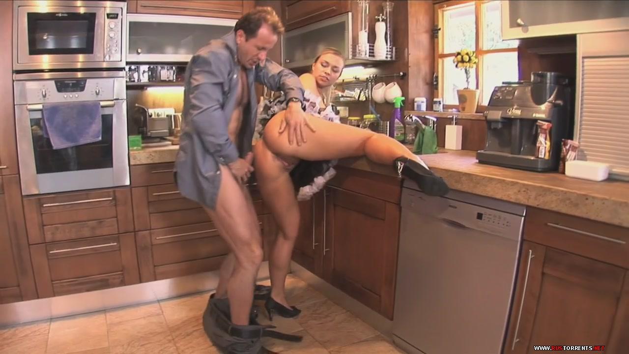 Скриншот 3:Сексуальную горничную в попку на кухонном столе