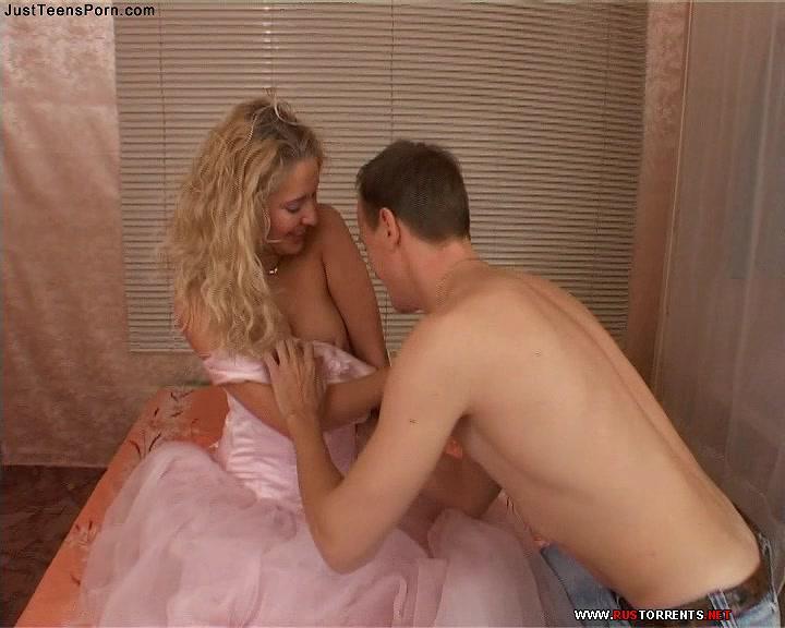 Скриншот 2:Горячий секс с молоденькой невестой Маргаритой