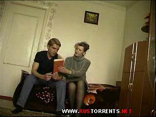 Скриншот 1:Инцест : подборка домашнего видео мать+сын