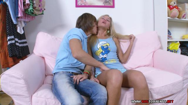 Скриншот 1:Отпаднейшей Русской блондиночке в нежную попку