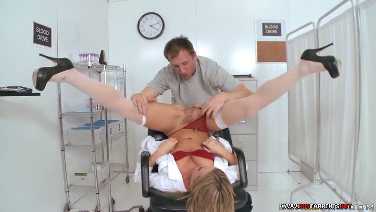 Скриншот 1:Бри Олсон - медсестра