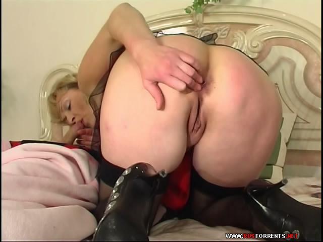 vstavil-mamke-porno