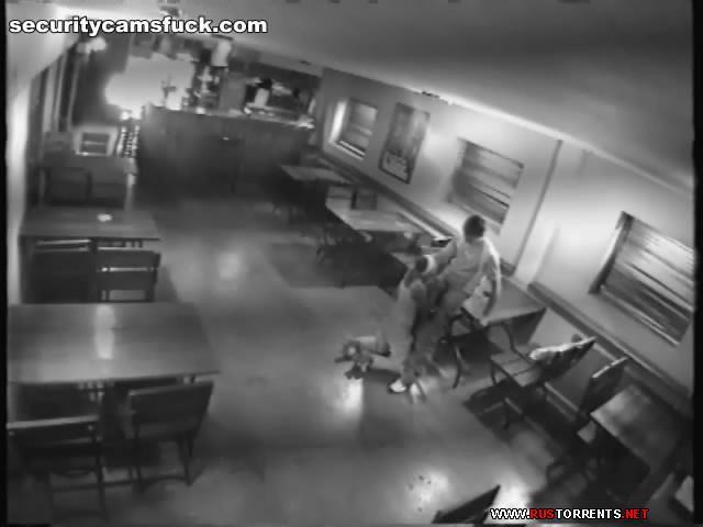 Скриншот 1:Трах в ночном баре под камерой наблюдения